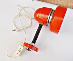 Retro piros fali lámpa