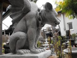 Ritkaság ! Nagy Kapu Őrző szárnyas kutya Műkő mitológiai  állat Nem sas és nem sárkány