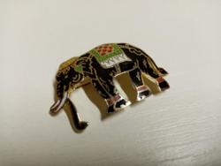 Szép állapotú tűzzománc elefánt bross kitűző
