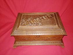 Antik gyönyörű faragott szecessziós cigaretta tartó fa doboz