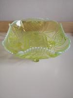 Uránzöld antik üvegtálak