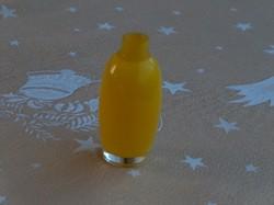 Kis különleges sárga üveg váza