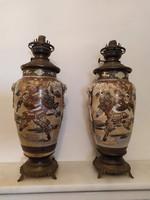 Antik 2 db patinás szép Japán satsuma porcelán petróleum lámpa réz szerelékkel Ázsia