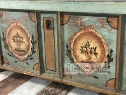 Vintage, Toscana antikolt Láda, dohányzó asztal.
