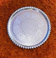 Retro Csipkézett Szélű szép mintájú aluminium kerek tálca 23,5 cm