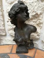 Szecessziós figurális szobor, szignált nő mellszobor szignó is fotóztam! JUDITH a mű címe! Paris.