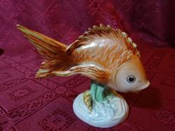 Kőbányai porcelán szobor, hal formájú, hossza 11 cm.