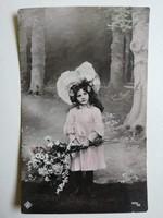 Antik kislány- gyermek nosztalgikus  képeslap- vintage