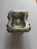 Antik 13 latos ezüst bécsi fűszertartó, 1863-ból