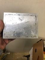 Fém doboz, hadifoglyoktól emlék, 8 x 12 cm-es nagyságú.