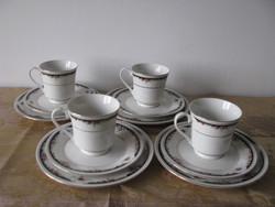 Jelzett porcelán reggeliző készlet