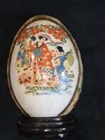 Keleti nagy méretű porcelán tojás