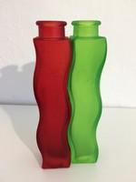 Színes üveg vázák