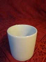 Német porcelán, fehér pálinkás kupica, magassága 4,7 cm.