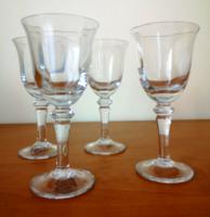 Kézzel készült snapszos likőrös kristály stampedlik, talpas poharak 4 db hibátlan