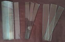 Üveglapocskák antik kombinált szekrényekhez