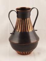 Vörösréz váza, kétfülű