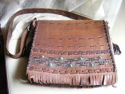 Retro bőrdíszműves női bőr táska