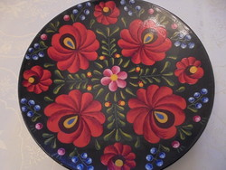 Kézi festésű tányér