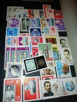 Nagyon sok - sok bélyeg