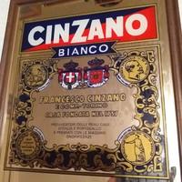 CINZANO tükrös reklámkép