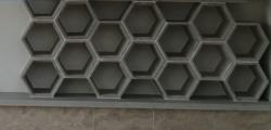 Hexagon műkő elemek exclusiv urnafal állításához
