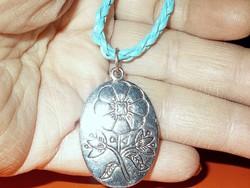 Amulett Virág Tibeti Ezüst Türkizkék Bőr Iparművész Nyaklánc