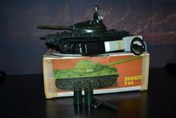 PIKO Panzer T-62 távirányítós harckocsi