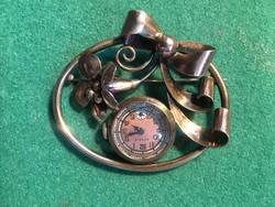 Aranyozott ezüst bross óra
