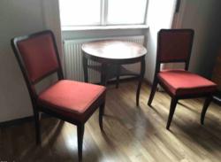 Art deco asztal székekkel