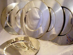 Főúri pompa, pazar étkezés, 6 db ezüstözött tányéralátét készlet a igazán elegáns terítékhez