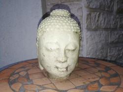 Márvány Buddha fej a fotókon levő állapotban. Kiváló dekoráció nehéz mutatós darab.
