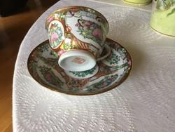 Ezer virág porcelán teás csésze aljával