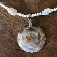 Kagyló gyöngyház rózsa nyaklánc új