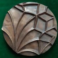 Kiss György: Nyírbátori gótika, bronz kisplasztika, 117 mm