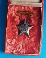Rákosi Sztahanovista kitüntetés igazolvánnyal + doboz