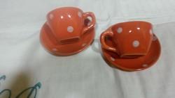 Pöttyös kávésok tányérjukkal