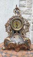 Gyönyörű asztali óra mechanikus szerkezet,ón tok barokk stílusban