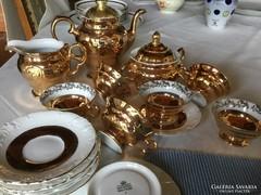 Walbrzych lengyel porcelán, dúsan aranyozva, vitrin állapotú, antik