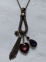 Hosszú, réz színű nyaklánc szív alakú medállal