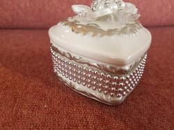 Gyönyörű porcelán szív alakú ékszer tartó
