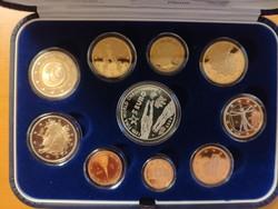Olaszország 2009 Forgalmi sor - Proof (tükörveretes) - ezüst érmével
