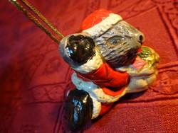 Porcelán figura, mikulás kisegér, karácsonyfadísz, hossza 5,5 cm.