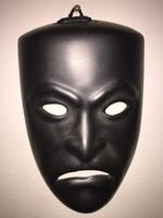 Fekete álarc, maszk fali dekoráció