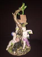 Meseszép porcelán szoborcsoport