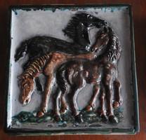 Antik -bécsi - több száz éves-  figurális kályhacsempe - lovak / magvető
