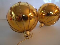 Karácsonyfadísz - 3 db - NAGY - műanyag - 6.5 cm - szép állapot