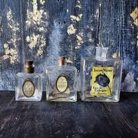 Molnár és Moser parfümös-, kölnisüveg, pipere