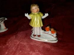 Wagner &Apel Sárga ruhás kislány  madárkákkal mini