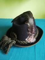 Anton Pichler kalap